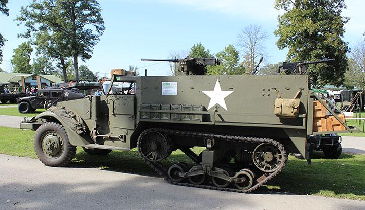 Diamond T in World War Two / WWII