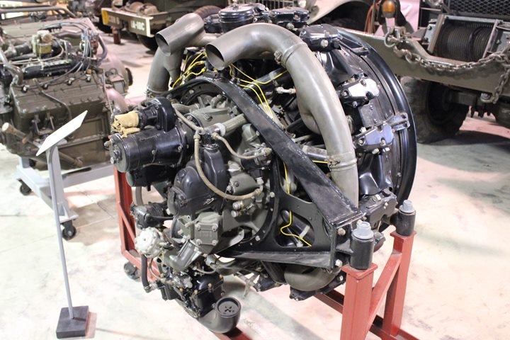 The Continental R 975 Is Engine That Defines M4 Sherman Tank Author S Photo Taken Ropkey Armor Museum